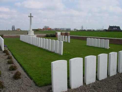 Boezinge: Welsh Cemetery (Caesar's Nose)