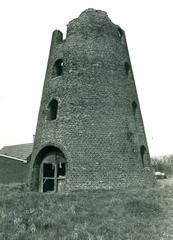 Stenen windmolen Dompas