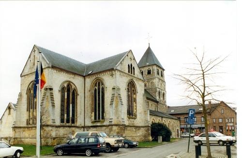 Kortessem Kerkplein 1