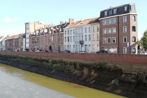 Mechelen_Frans_Halsvest_straatbeeld_04