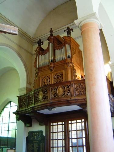 Orgel parochiekerk Sint-Adrianus