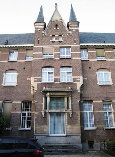 Antwerpen Biartstraat 2 Bascourtvleugel portaal