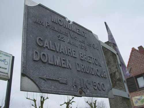 Boezinge: oude wegwijzer naar Bretoens calvariekruis