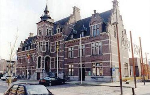 Neerpelt Kerkstraat 1-5