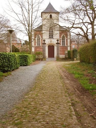 Lovenjoel Groot Park: dreef tussen kerk en kasteel