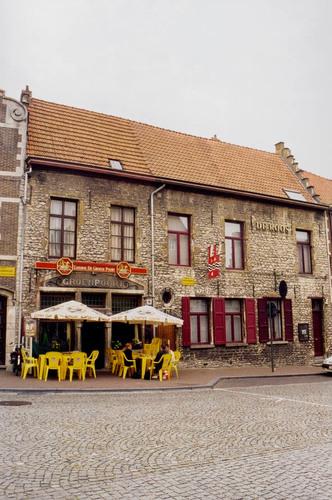 Grimbergen Kerkplein 5, Lagesteenweg 1-3