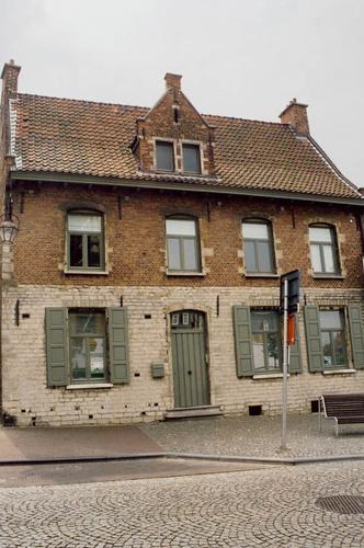 Grimbergen Kerkplein 10