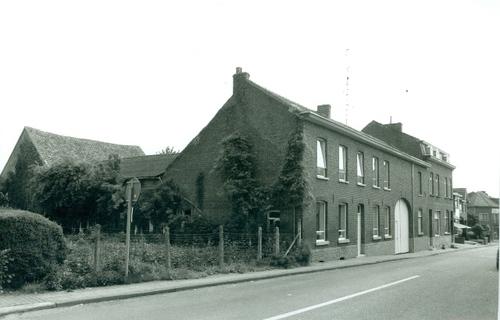 Hoeselt Stationsstraat 1