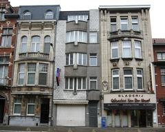 Meergezinswoning en burgerhuis in beaux-artsstijl