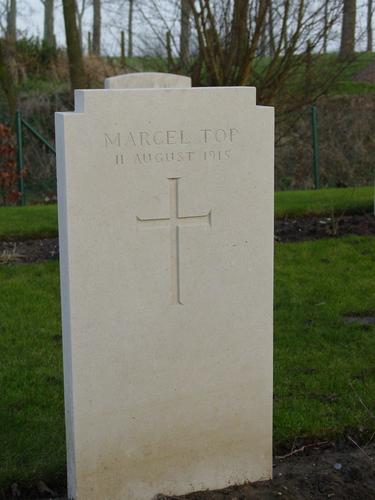 Elverdinge: Hospital Farm Cemetery: graf Top