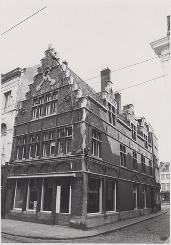 Burgstraat 103