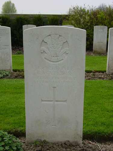 Elverdinge: Ferme Olivier Cemetery: graf Watkins