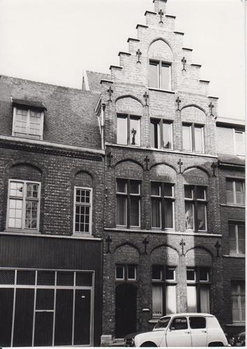 Gent Ingelandgat 42 bij Sint-Lucas (gesloopt)