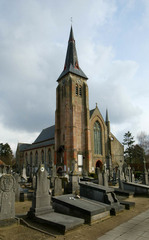 Parochiekerk Sint-Andries en Sint-Anna met kerkhof