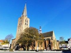 Decanale kerk Sint-Pieter en Sint-Barbara