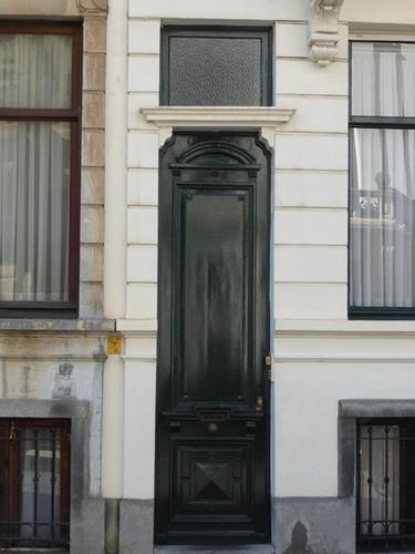 Antwerpen Grotehondstraat 4 deur