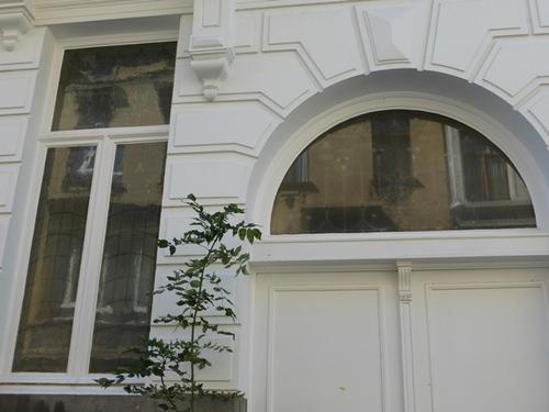 Antwerpen Grotehondstraat 34 glas in lood