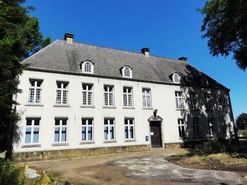 Halle Gemeenteplein 1-1A