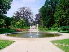 Kapittelhuis met park