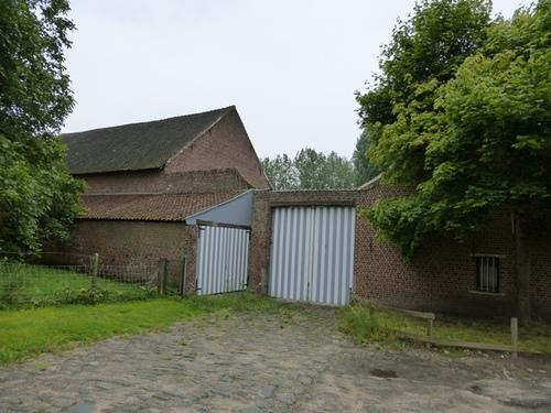 Halle Wedemstraat 64
