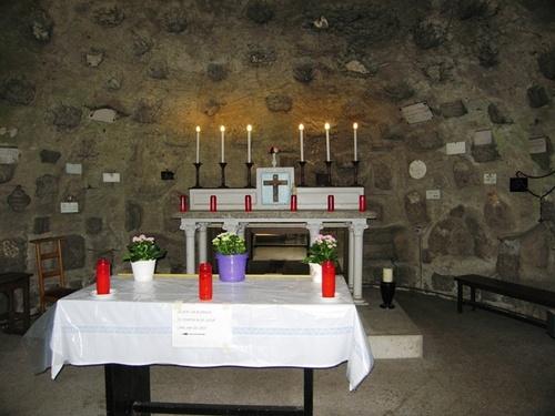 Brasschaat Rustoordlei altaar in grot