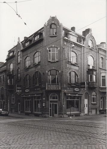 Gent Papegaaistraat 91-93, Coupure 300