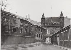 Donkere Poort, Sastehuis en Brouwerij Gebroeders Vanden Berghe