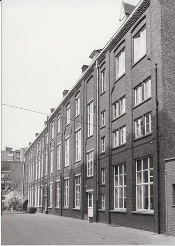 Gent Sint-Lievenspoortstraat 123-129, 143