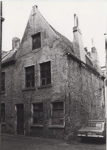 Sint-Widostraat 6