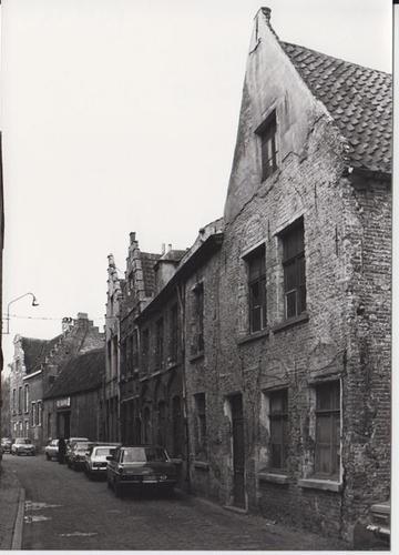Sint-Widostraat pare straatzijde