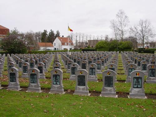 Steenbrugge: Belgische militaire begraafplaats: Overzicht