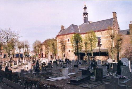Kaprijke Voorstraat kerkhof