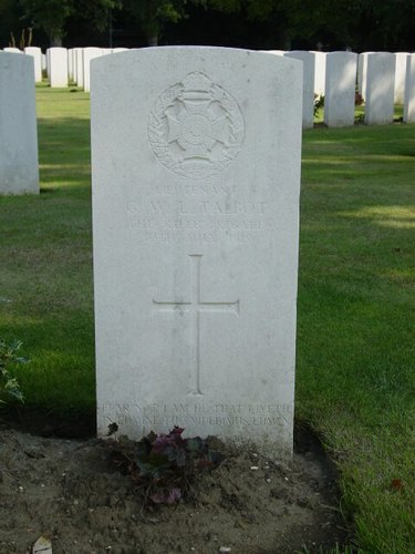 Zillebeke: Hill 62: Sanctuary Wood Cemetery: graf Talbot