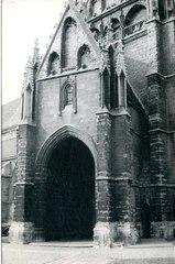 Asse Kerkplein zonder nummer (https://id.erfgoed.net/afbeeldingen/195122)