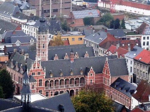 Mechelen Frederik de Merodestraat 65-67 Zicht vanaf de Romboutstoren