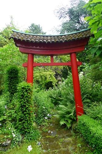 Sint-Niklaas Belsele Groenhof Japanse poort of torri