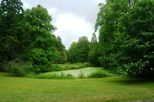 Sint-Niklaas Belsele Groenhof zicht over landschappelijk aangelegde tuin
