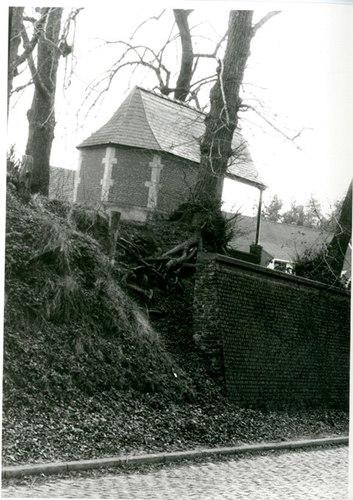 Huldenberg de Limburg Stirumlaan Sint-Rochuskapel
