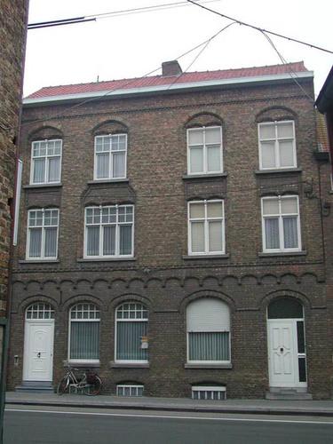 Diksmuide De Breyne Peellaertstraat 41-43