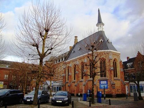 Roeselare Delaerestraat 41 Kerk