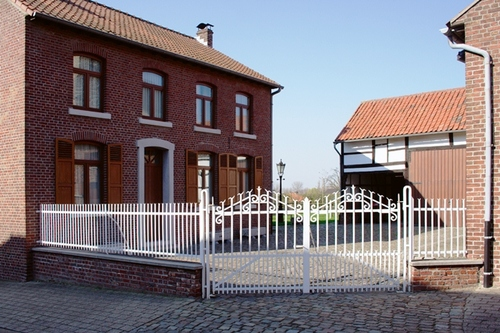 Erfhek en poorthek in de Loostraat