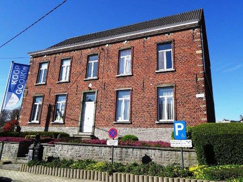 Gooik Sint-Pietersplein 8
