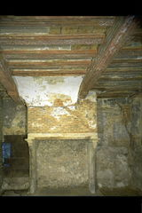 Mechelen Begijnenkerkhof 6 Interieur, schouw (https://id.erfgoed.net/afbeeldingen/20425)