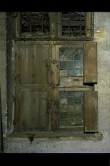 Mechelen Begijnenkerkhof 6 Interieur, dichtgemetst raamkozijn (https://id.erfgoed.net/afbeeldingen/20426)