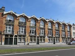 Sociaal appartementsgebouw ontworpen door Ch. Van Rysselberghe