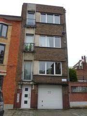 Appartementsgebouw ontworpen door E. De Nil