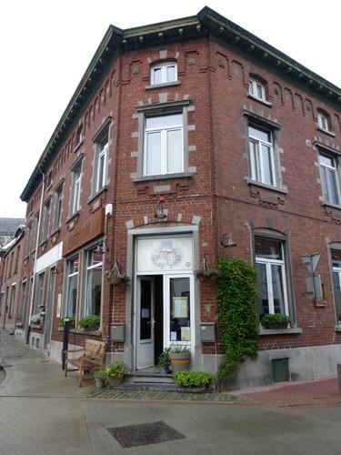 Alsemberg Pastoor Bolsstraat 20, 16