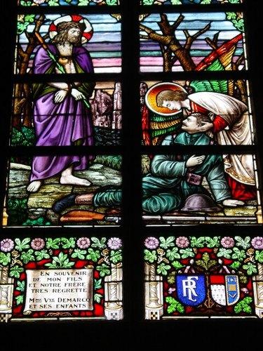Zillebeke Zillebeke-Dorp 7 Parochiekerk Sint-Catharina Glasraam Demarcq detail