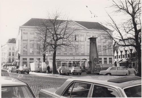 Zicht op de groentemarkt ca. 1975