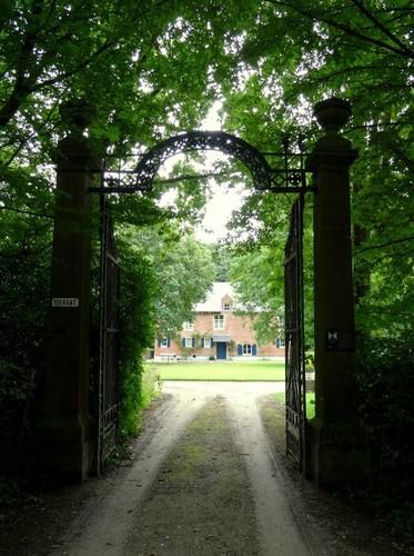 Heist-op-den-Berg Pelgrimhofstraat 8-10 Poort van het Pelgrimhof